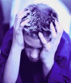 Кто в <b>депрессию</b> <b>впадает</b>, тот от нее и ...